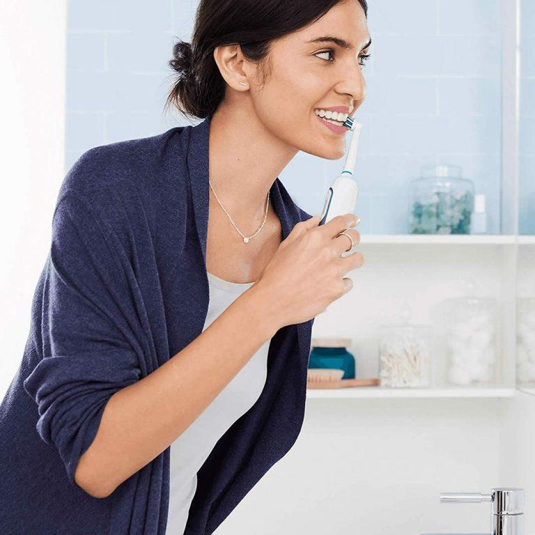 مسواک برقی اورال بی Oral-B مدل Smart 6000N